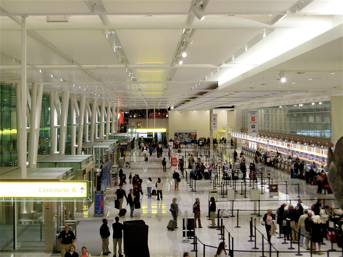 There is only one terminal building in Baltimore International Airport, divided in five concourses.